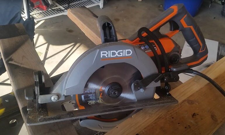 ridgid worm drive saw oil